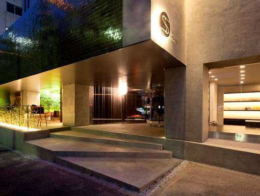 六本木ホテルS