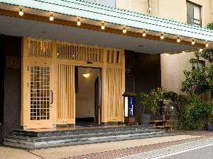 川堰苑(かわせぎえん)いすゞホテル