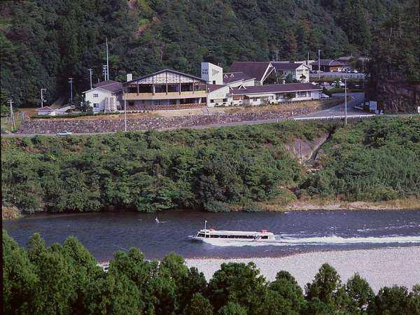 入鹿温泉ホテル瀞流荘