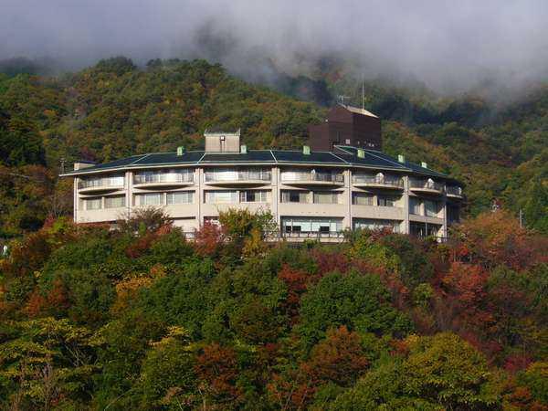 温井スプリングス Re-HOTEL
