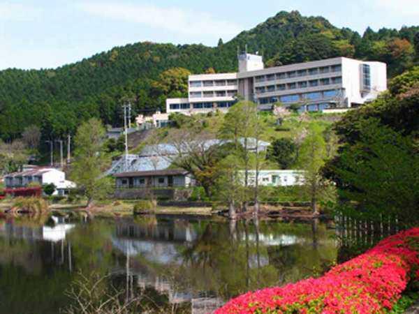 湖畔のリゾートホテル いこいの村いむた池